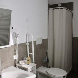 bagno hotel pove stanza brenta